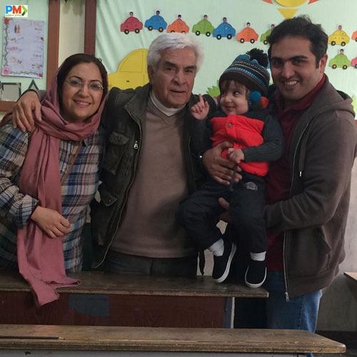 سعید کریمی و همسر و فرزندش
