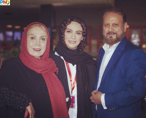 مارال فرجاد و پدر و مادرش