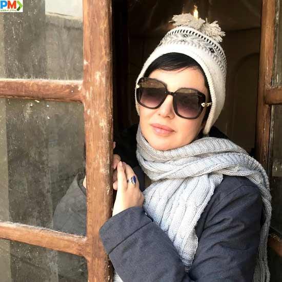 رزیتا غفاری بازیگر نقش ناز بانو در سریال کلبه ای در مه