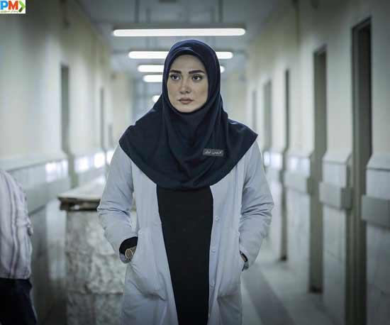مینا وحید بازیگر نقش مهتاب در سریال افرا